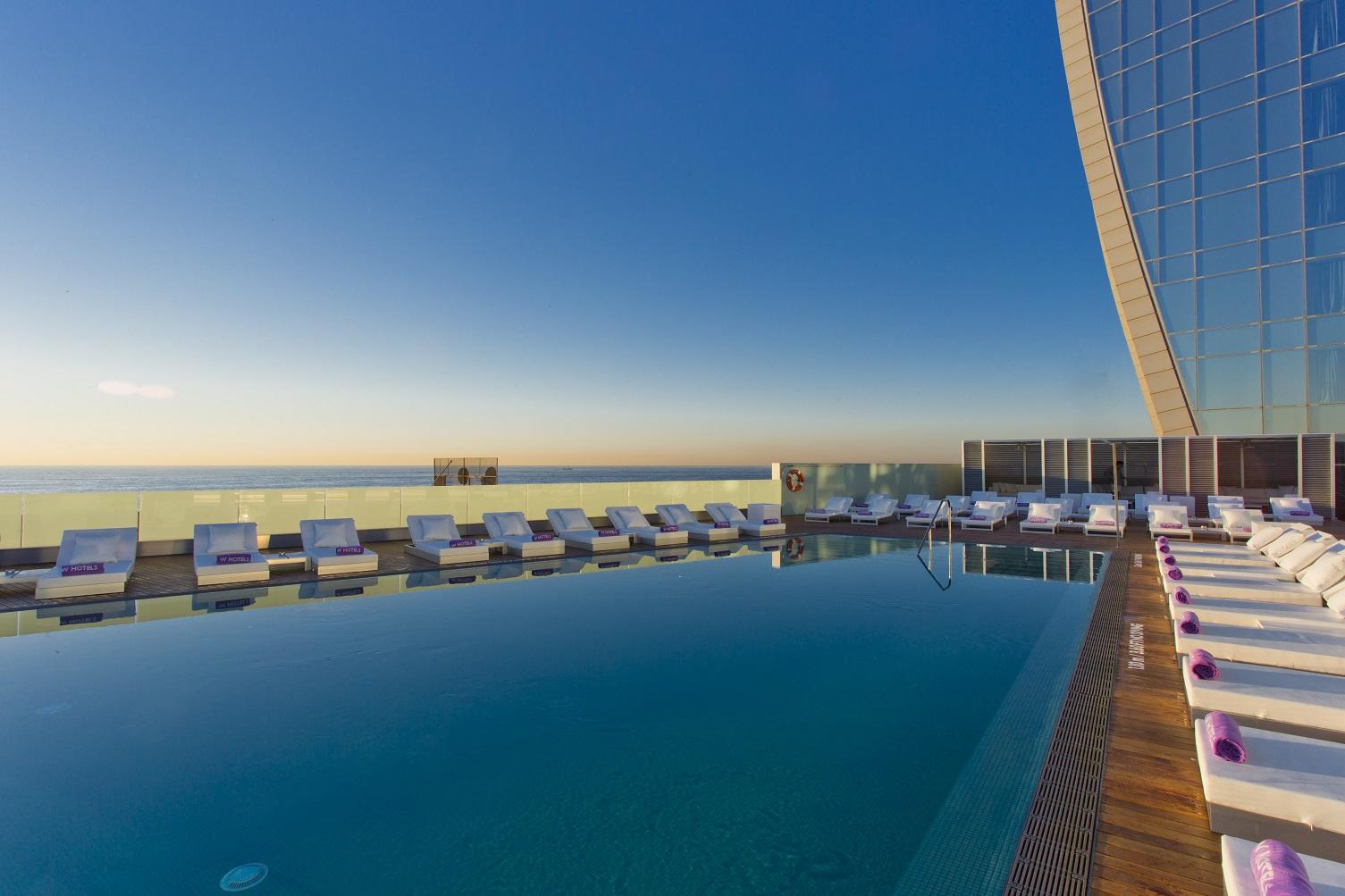 Www w arquitectos barcelona for Spa hotel w barcelona